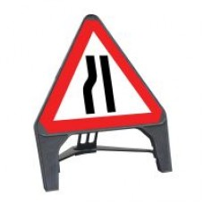 Road Narrows Nearside Q Sign 750mm