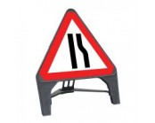 Road Narrows Offside Q Sign 750mm